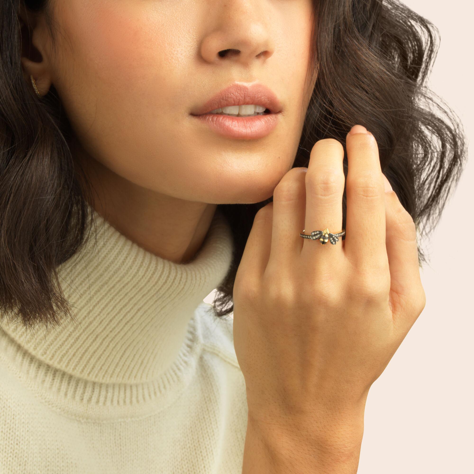 Love Diamonds 18ct Gold Diamond Bee Ring Annoushka International
