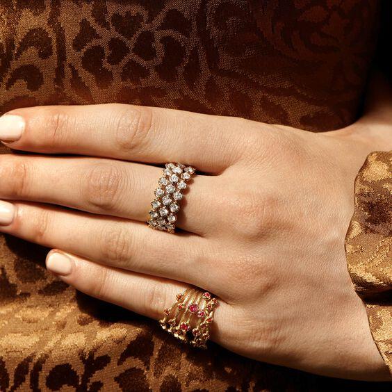 Hidden Reef 18ct Gold Sapphire Ring