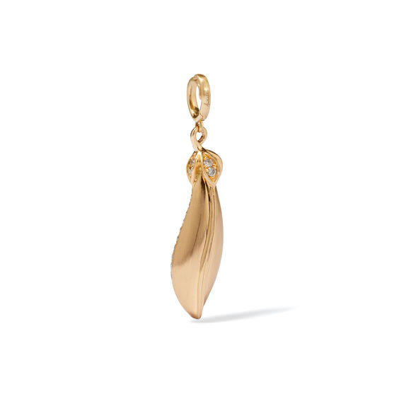 Mythology 18ct Gold Pearl Peapod Seed Charm