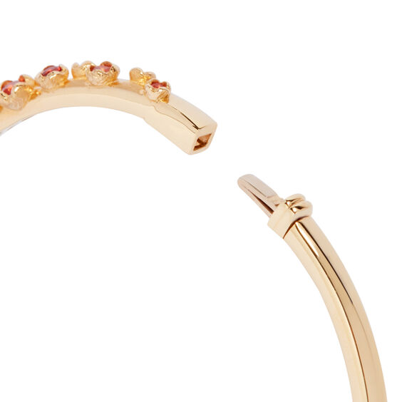 Hidden Reef 18ct Gold Sapphire Bangle