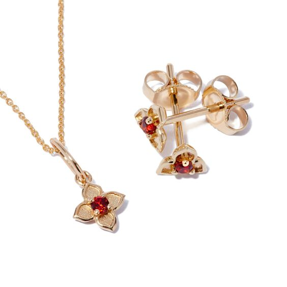 Tokens 14ct Gold Garnet Studs | Annoushka jewelley