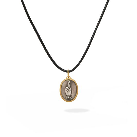 14ct Gold Hoping Hands Pendant | Annoushka jewelley