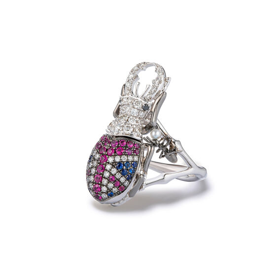 Mythology 18ct White Gold British Beetle Ring | Annoushka jewelley