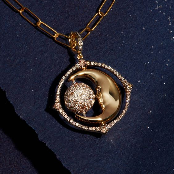 Mythology 18ct Gold Diamond Spinning Moon Charm | Annoushka jewelley