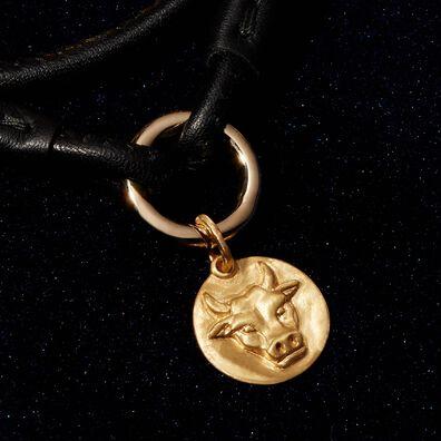 Mythology 18ct Gold Taurus Pendant