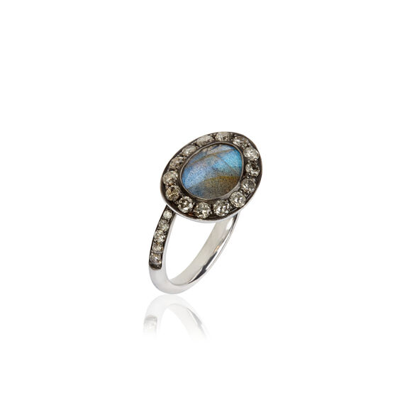 Dusty Diamonds 18ct White Gold Labradorite Ring