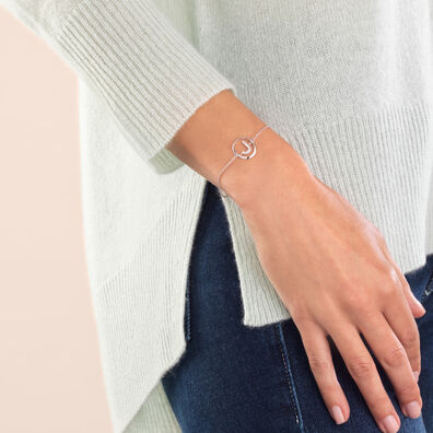 18ct White Gold Diamond Initial J Bracelet