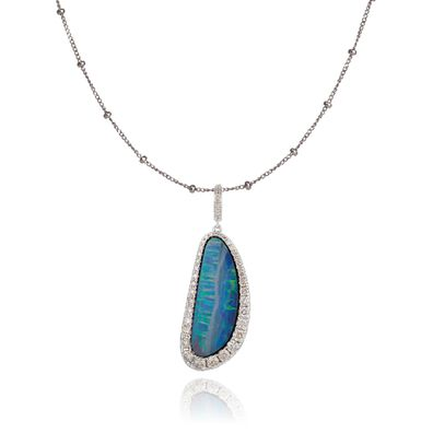 Unique 18ct White Gold Opal Pendant Necklace