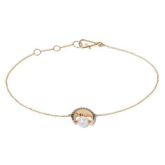 Mythology 18ct Gold Pearl Moon Bracelet | Annoushka jewelley