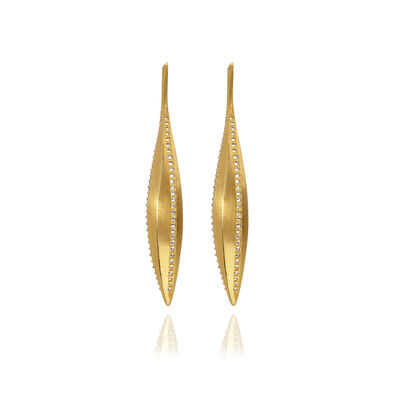 Metamorphosis 18ct Gold Diamond Kernel Seed Earrings